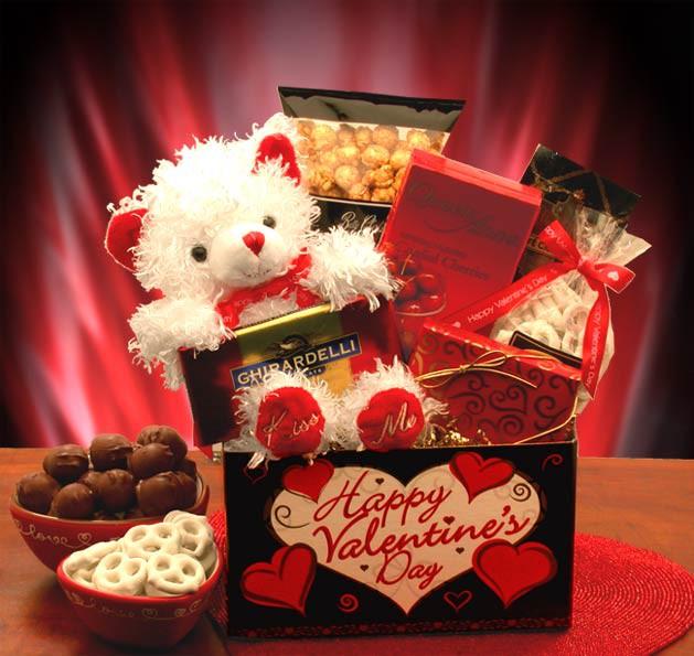 Подарок для любимой девушке новый год