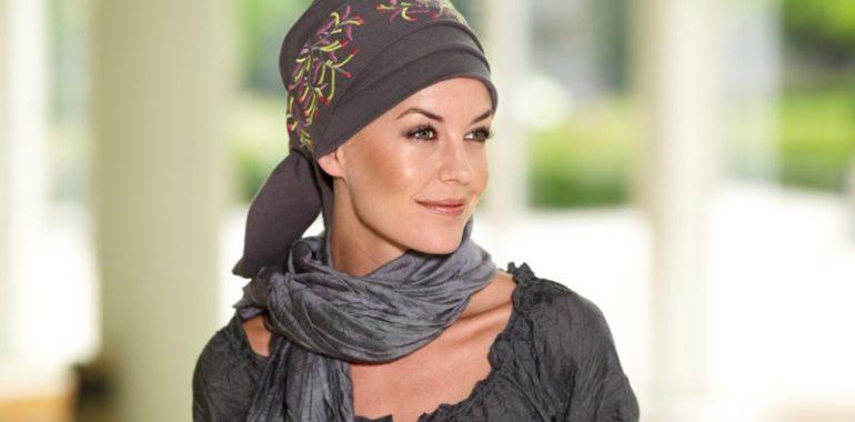 Модные повседневные головные уборы для женщин после 50 лет 5183f3c690925