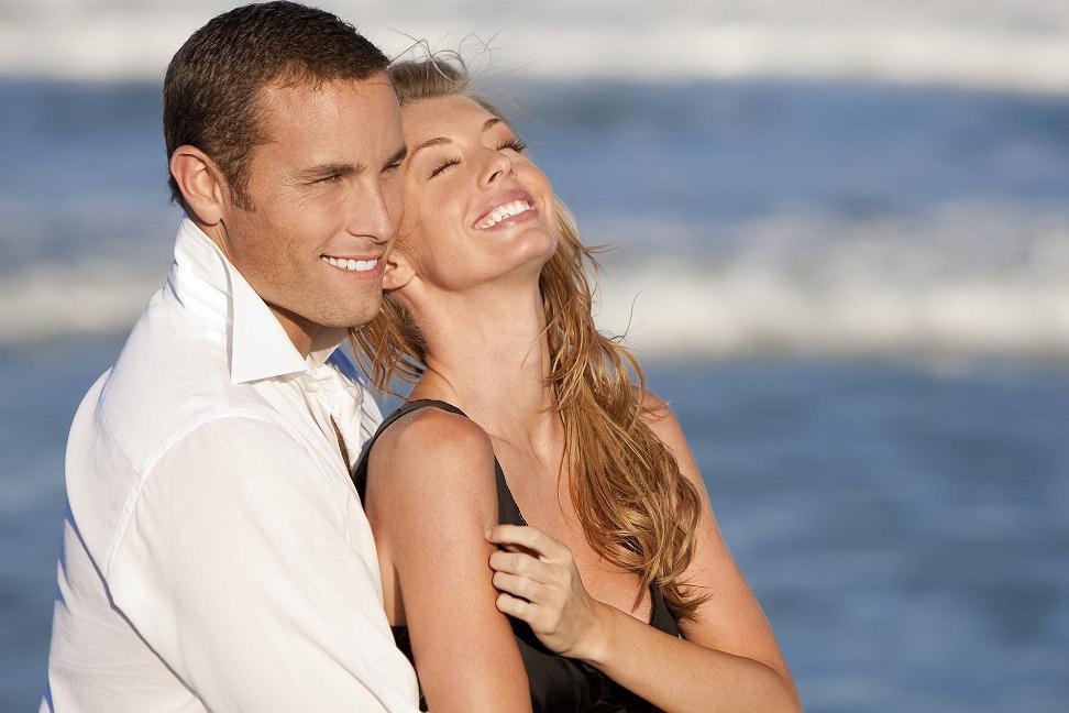 фото красивая женщина и мужчина