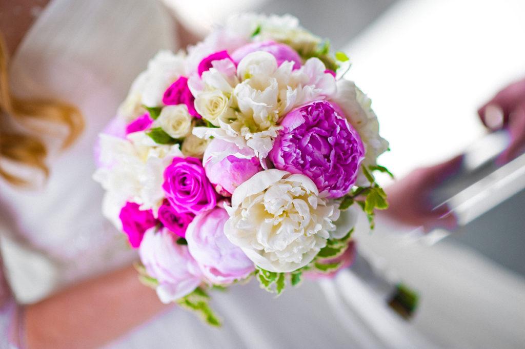 Свадебный букет из пионов своими руками